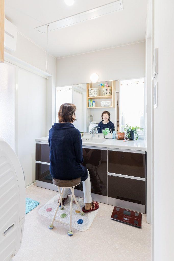 羽島市で建てた注文住宅の洗面化粧台